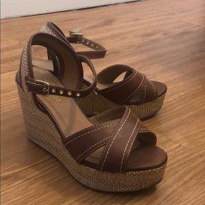Adjustable ankle-strap wedges